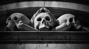 skull-statues-flickr